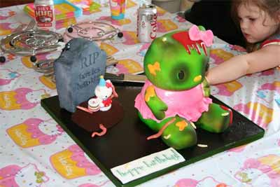 kid knife Hello Kitty Zombie Cake